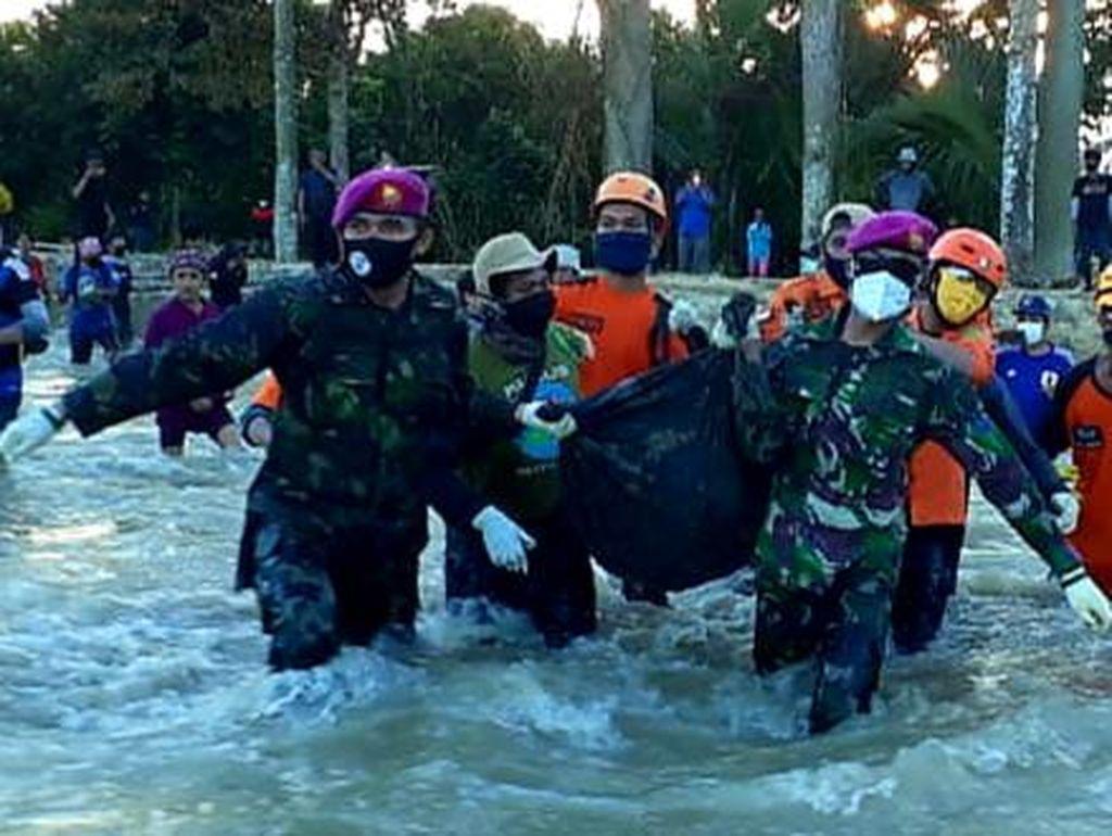 Dua Jenazah Korban Banjir Bandang Luwu Utara Dievakuasi