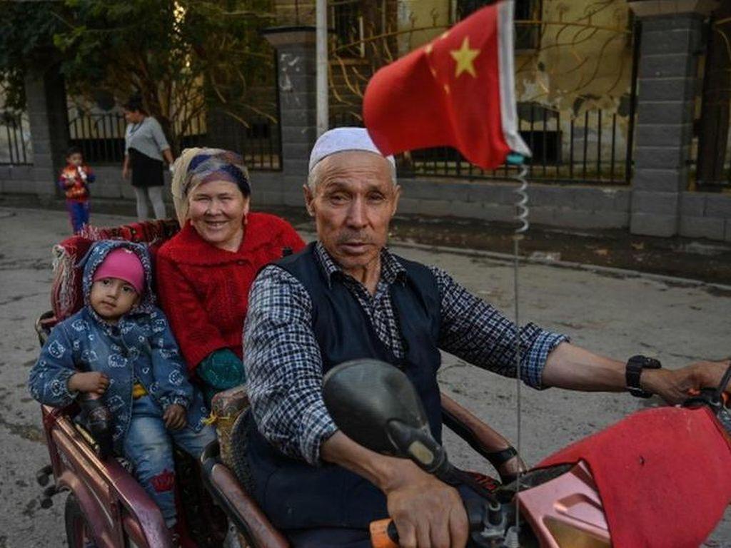 AS Blacklist 11 Perusahaan China Atas Dugaan Pelanggaran HAM Uighur