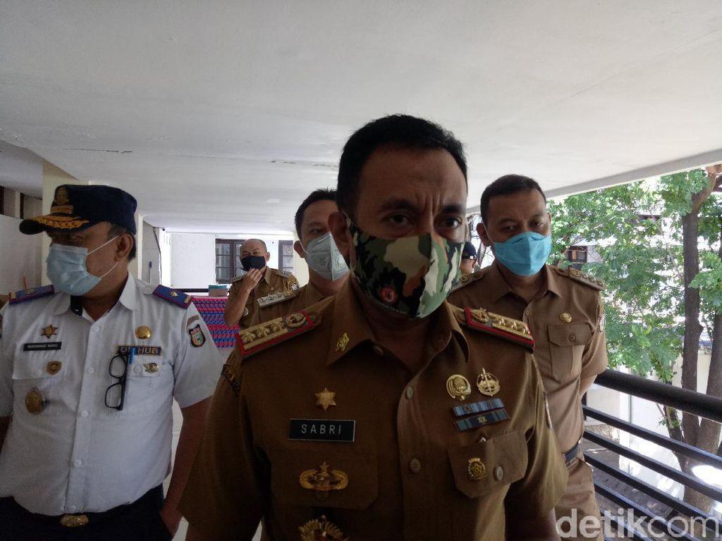 9 Pedagang-Pembeli Sarabba di Makassar Reaktif COVID, 1 Kabur Saat Tes Swab