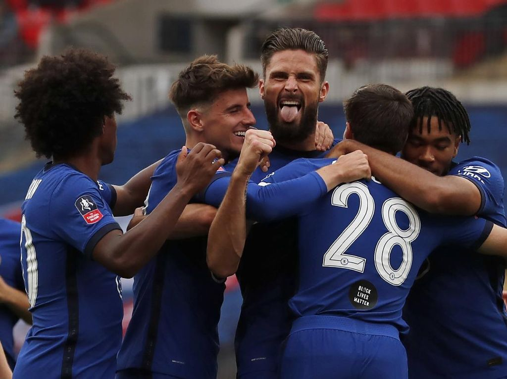 Arsenal Vs Chelsea, Giroud Bidik Trofi Kelima di Laga Spesial