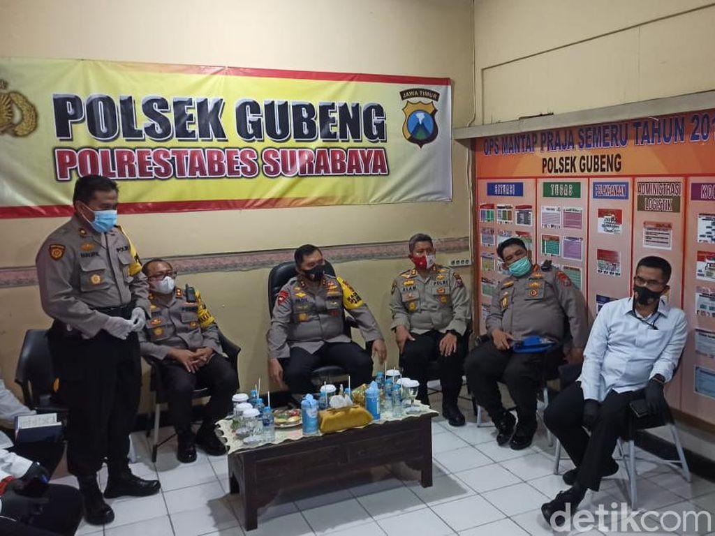 Kasus COVID-19 di Surabaya Masih Tinggi, Kapolda Jatim Blusukan ke Polsek
