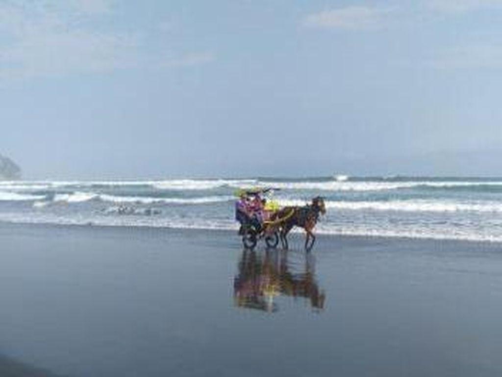 Pantai Parangtritis Memang Tak Ada Duanya