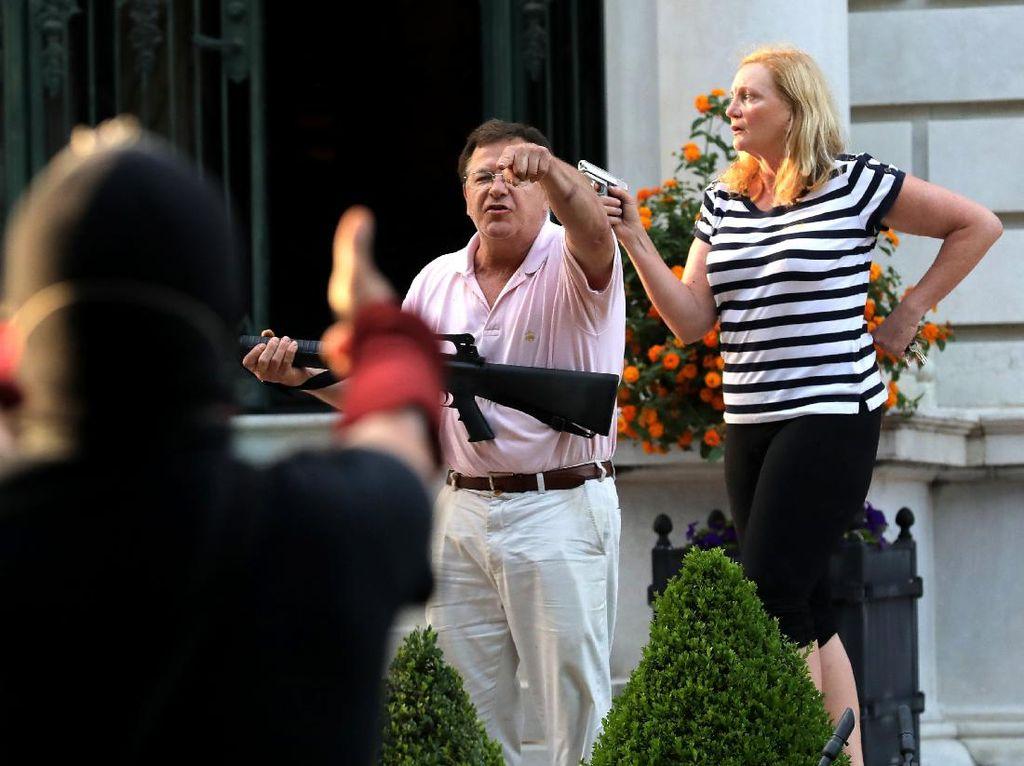 Todongkan Senjata Api ke Demonstran Antirasisme, Pasangan AS Didakwa