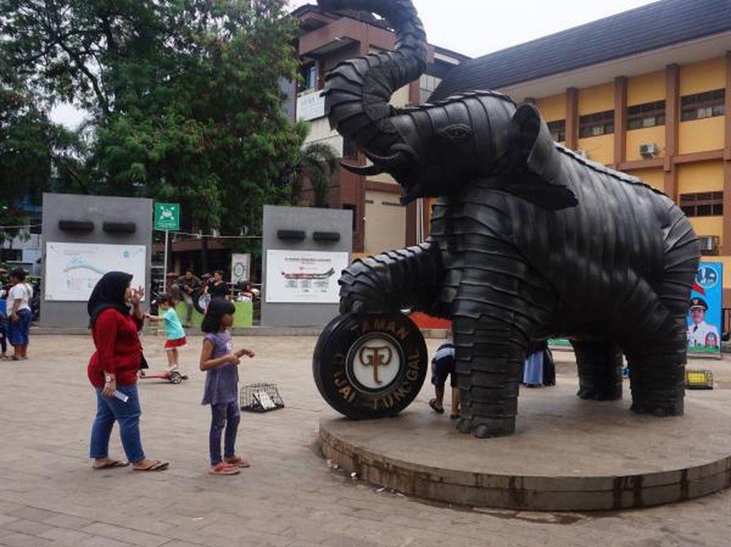 Taman Gajah Tunggal, Wisata Anak di Sisi Kali Cisadane