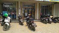 Indomaret Ajak Pengunjung Ditagih Parkir Lapor Polisi, Gimana Alfamart?