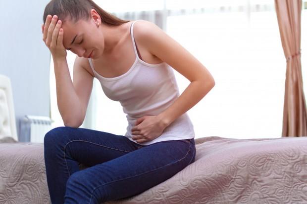 Mengetahui sejak dini gejala kista ovarium yang perlu diketahui oleh para wanita.
