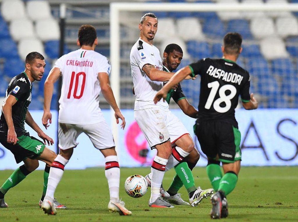 Sassuolo Vs Milan: Ibrahimovic Menangkan Rossoneri