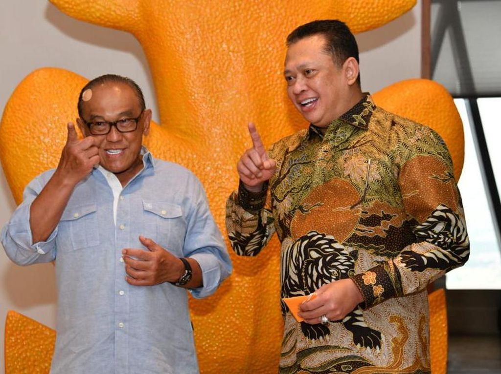 Temui Aburizal Bakrie, Ketua MPR Dukung Munas SOKSI Digelar Hybrid