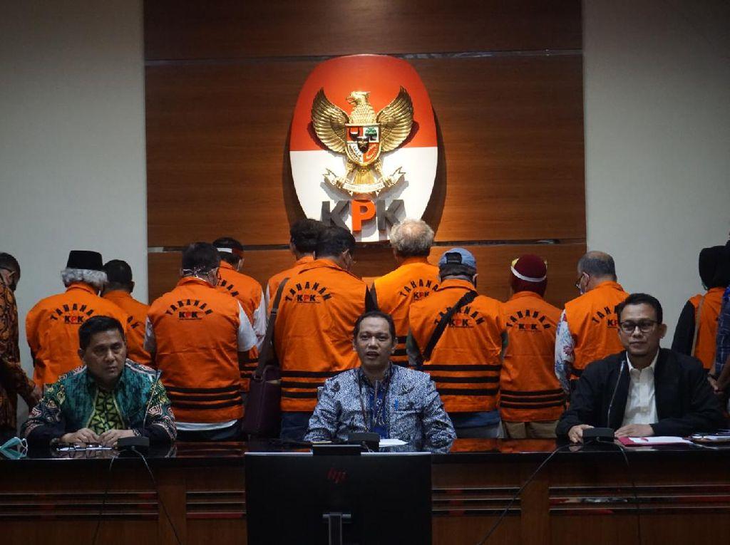 KPK Tahan 11 Eks Anggota DPRD Sumut Tersangka Suap Gatot Pujo