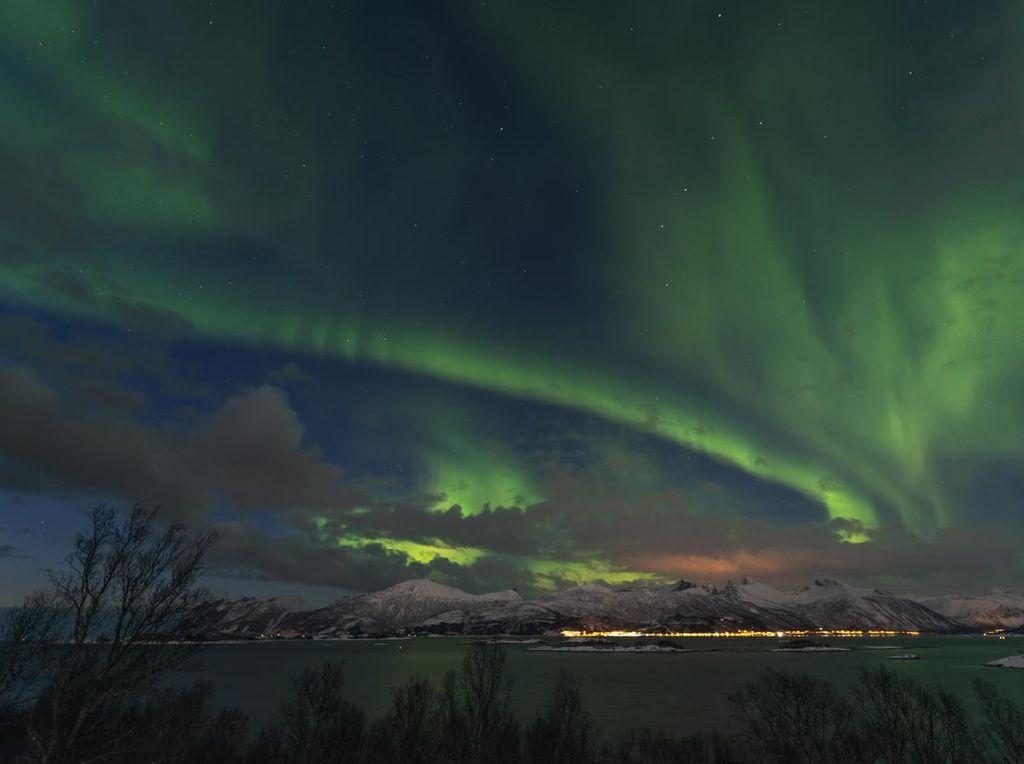 Foto: Pulau Senja yang Punya Aurora
