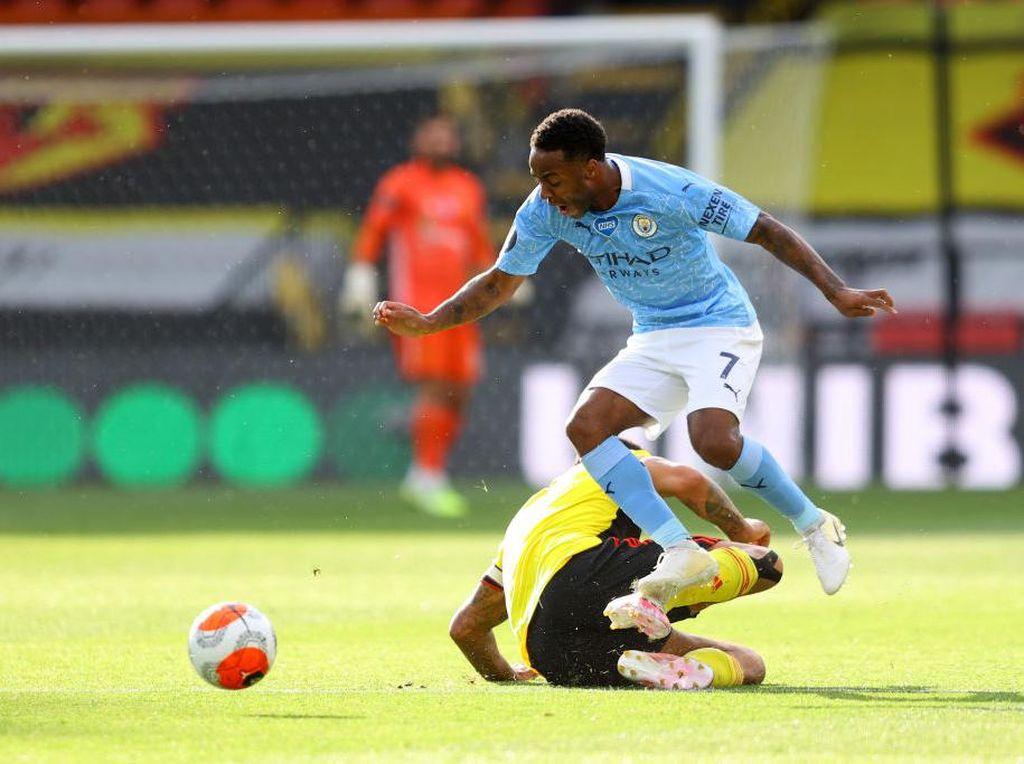 Watford Vs Man City: Dua Gol Sterling Jadi Pembeda di Babak I