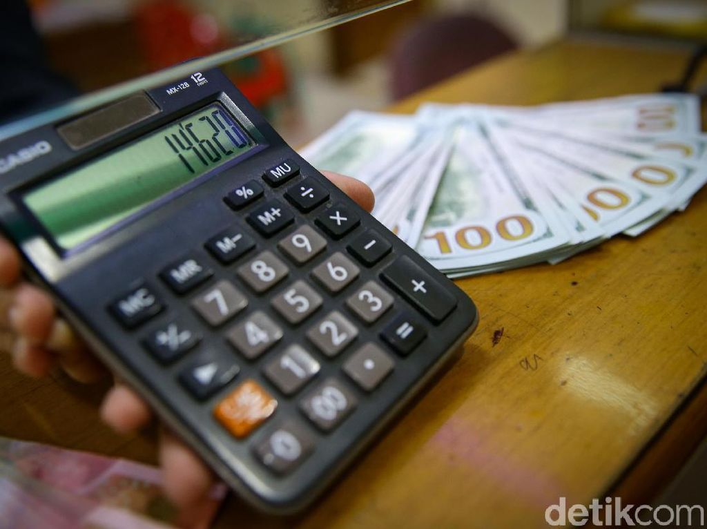 Kurs Dolar AS Pagi Ini Tertahan di Rp 13.986