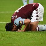 Doa Sujud Syukur seperti Aksi Trezeguet Saat Aston Villa Vs Arsenal