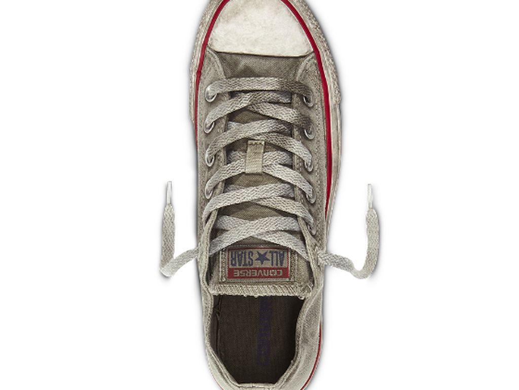 Converse Rilis Sneakers Kotor Seperti Sepatu Bekas Seharga Rp 1,7 Juta