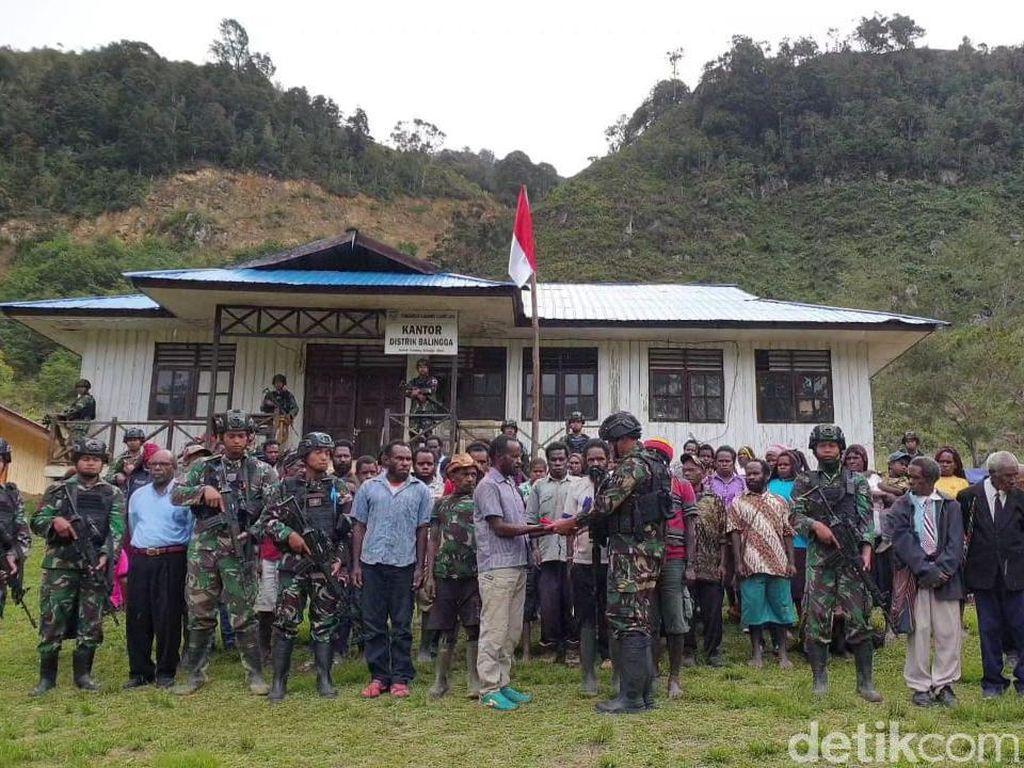 Merasa Tak Aman, 5 Anggota KKSB Serahkan Diri ke TNI dan Ikrar Gabung NKRI