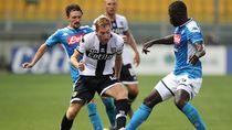 Tiga Penalti, Parma Menang 2-1 Atas Napoli