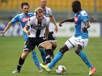 Parma Vs Napoli: Partenopei Tumbang 1-2