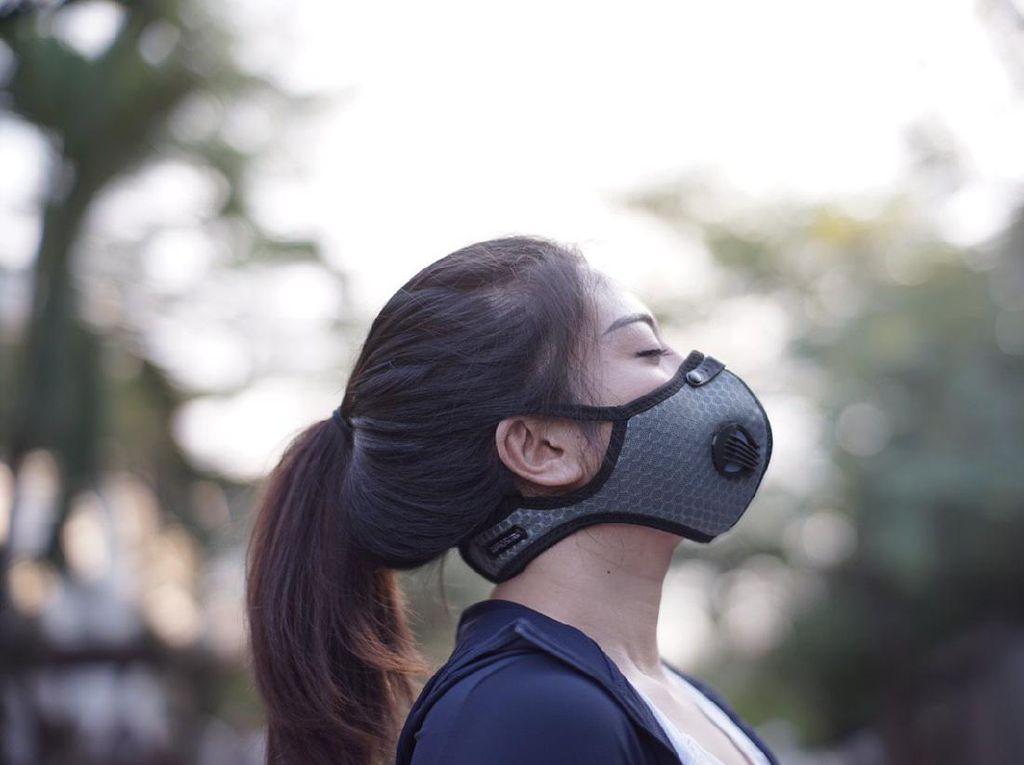 4 Cara Enyahkan Bau Mulut Saat Pakai Masker Seharian