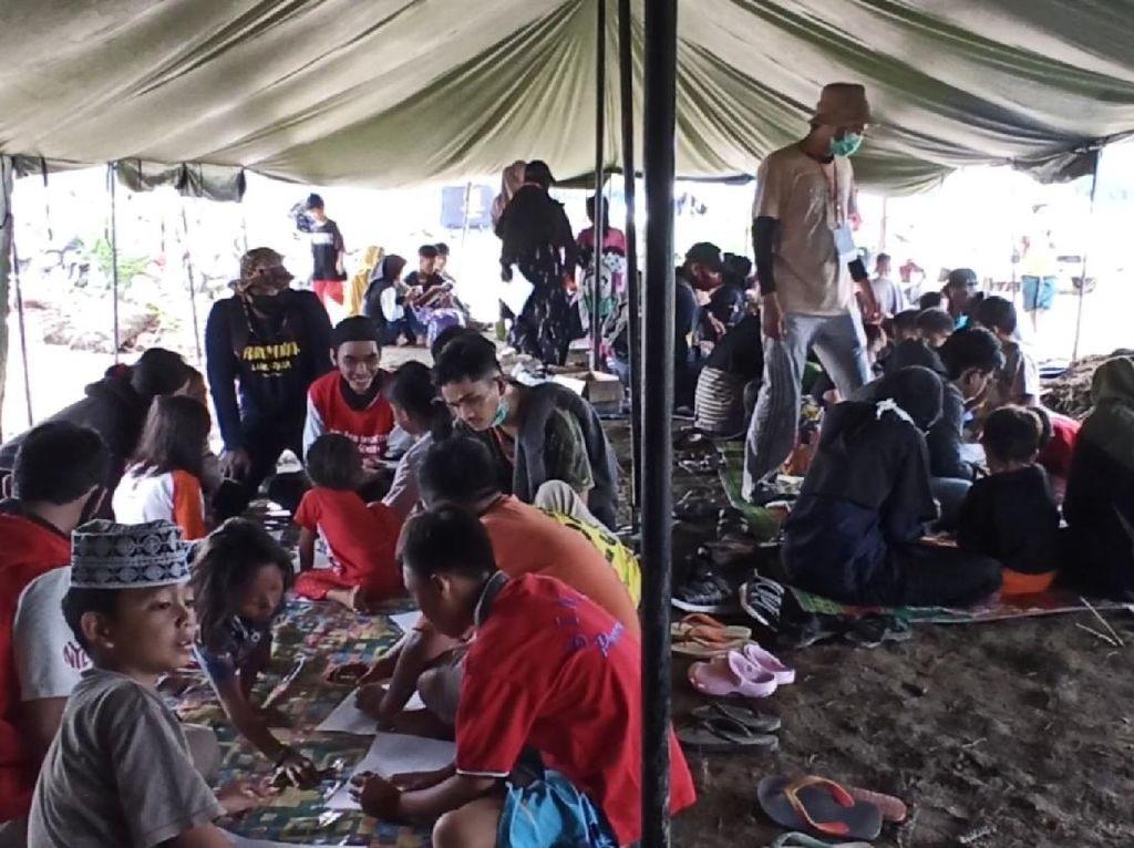 Wajah Para Bocah Korban Banjir Bandang Luwu Utara di Hari Anak Nasional