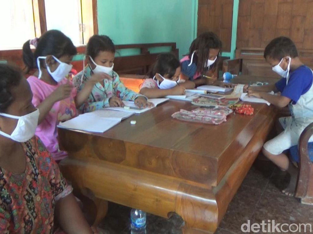 Ibu di Jombang Jual Kambing untuk Belikan Anak Ponsel Demi Belajar Daring
