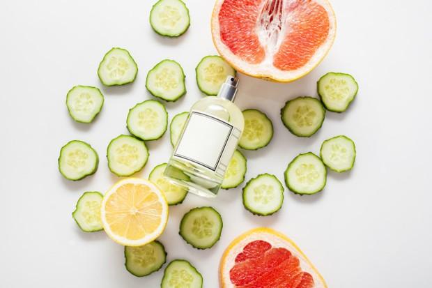 Koleksi foto aroma parfum citrus yang menyegarkan.