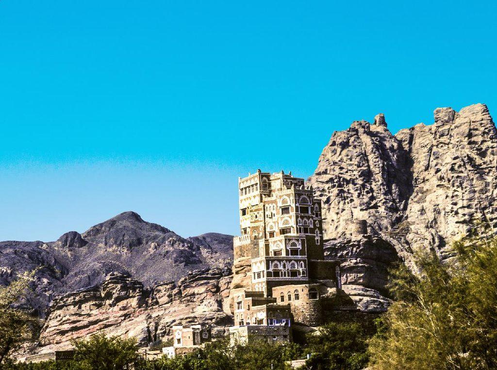 Foto: Istana Batu Nan Indah dari Yaman