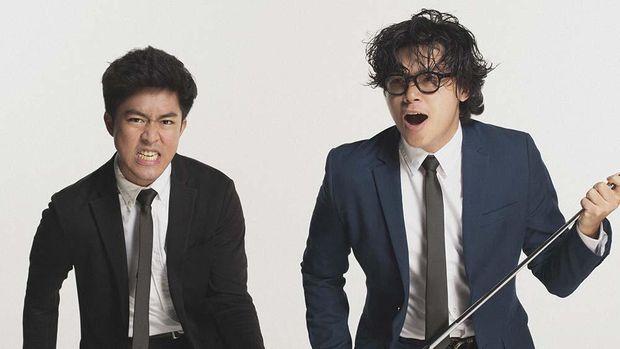 Duo Dead Bachelors merilis album mini atau extended play (EP) kedua bertajuk New Kid In Town. EP tersebut mereka rilis usai bergabung dengan label Juni Records. Foto oleh: normanfideli