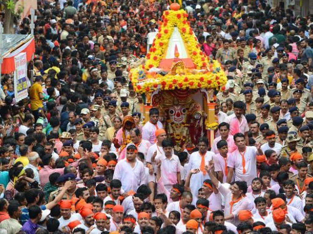 Potret Dewa India yang Bisa Sakit & Mengisolasi Diri