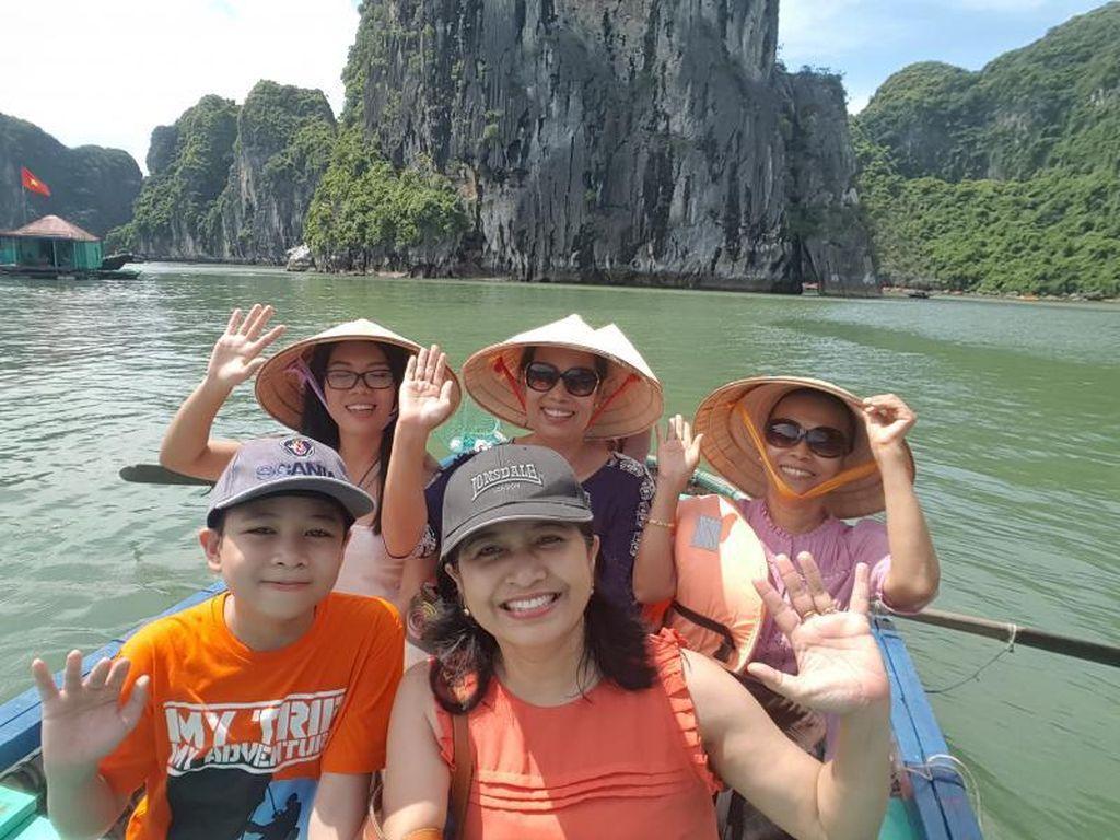 Kenangan Tak Ternilai di Ha Long Bay