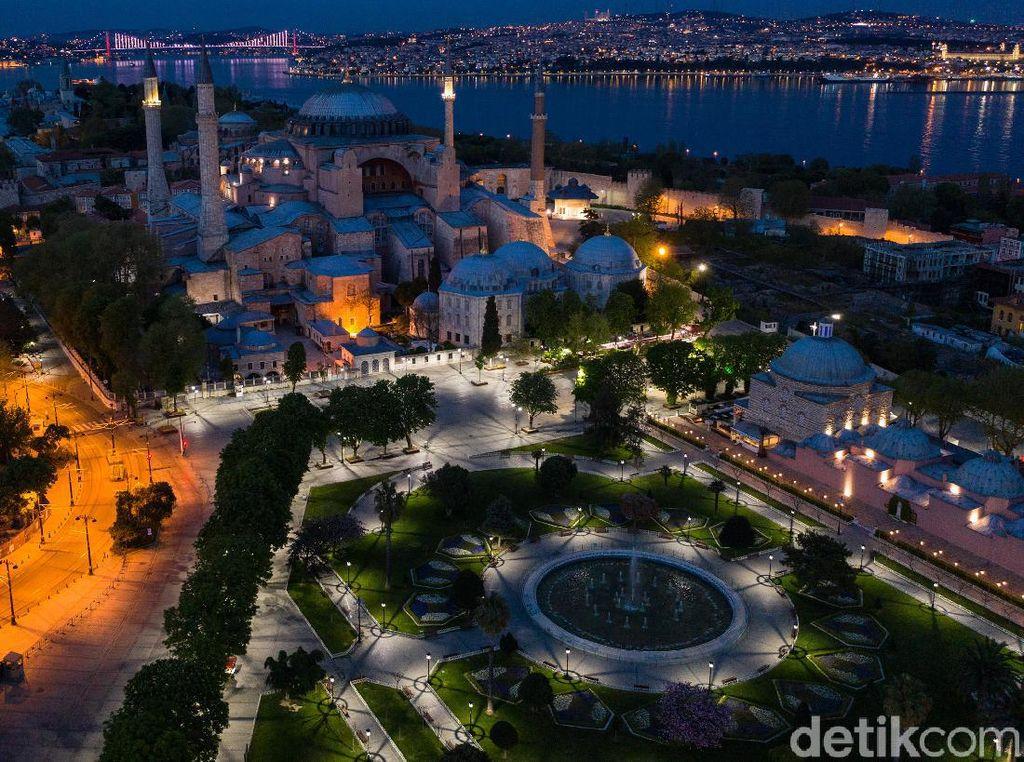 Hari Ini Hagia Sophia Siap Gelar Salat Jumat Perdana