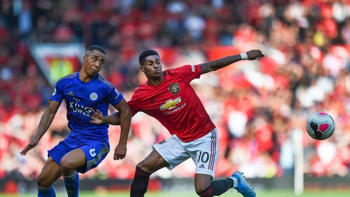 MANCHESTER, ENGLAND - SEPTEMBER 14: Marcus Rashford of Manchester United and Youri Tielemans of Leicester City in action during the Premier League match between Manchester United and Leicester City at Old Trafford on September 14, 2019 in Manchester, United Kingdom. (Photo by Gary Prior/Getty Images)