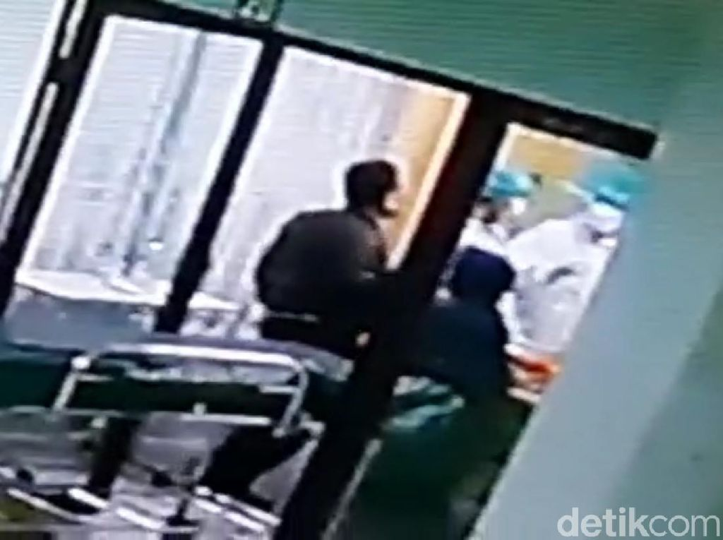 Pemukul Perawat RS di Cianjur Diduga Berstatus PNS