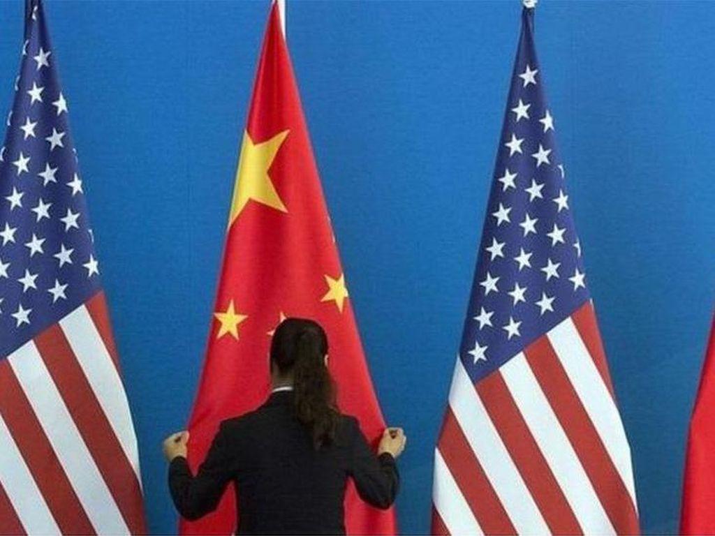 AS Protes ke China Usai Staf Diplomatik Jalani Tes Swab Pantat