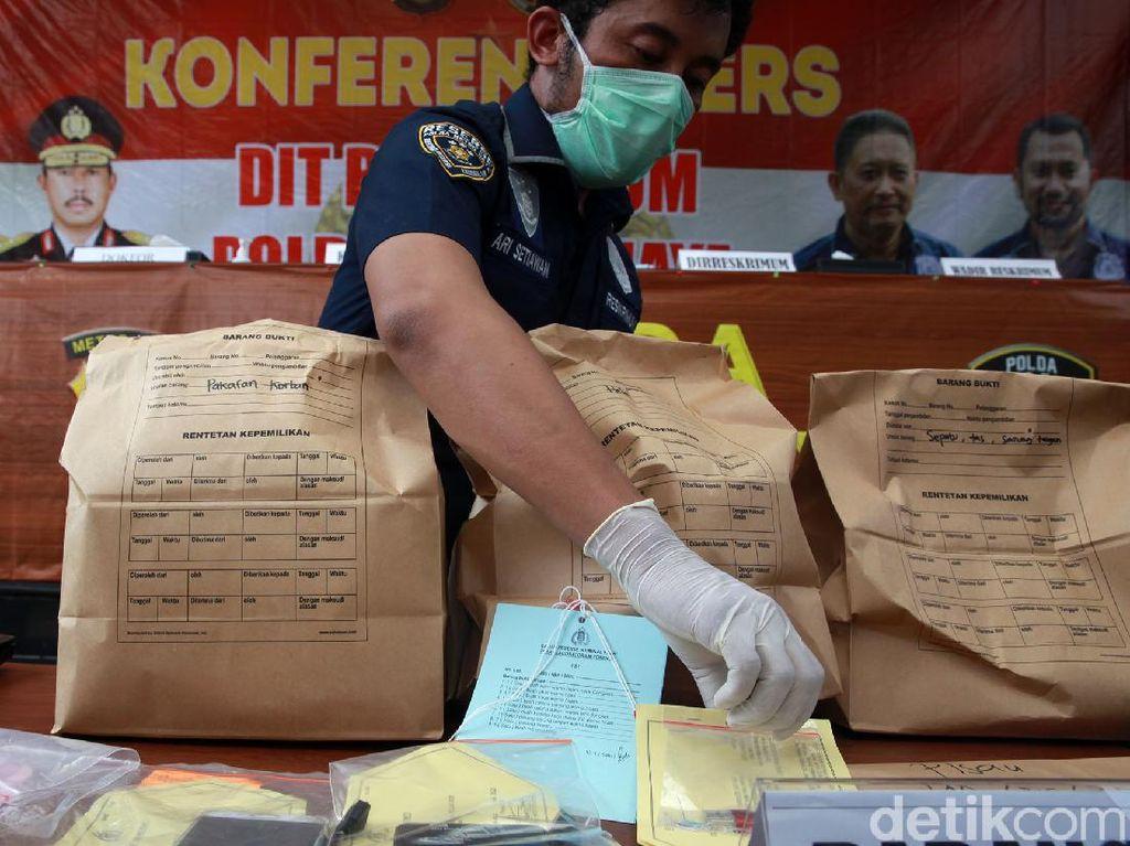 Polisi Jawab Pertanyaan Mengapa Yodi Prabowo Bunuh Diri di Pinggir Tol?