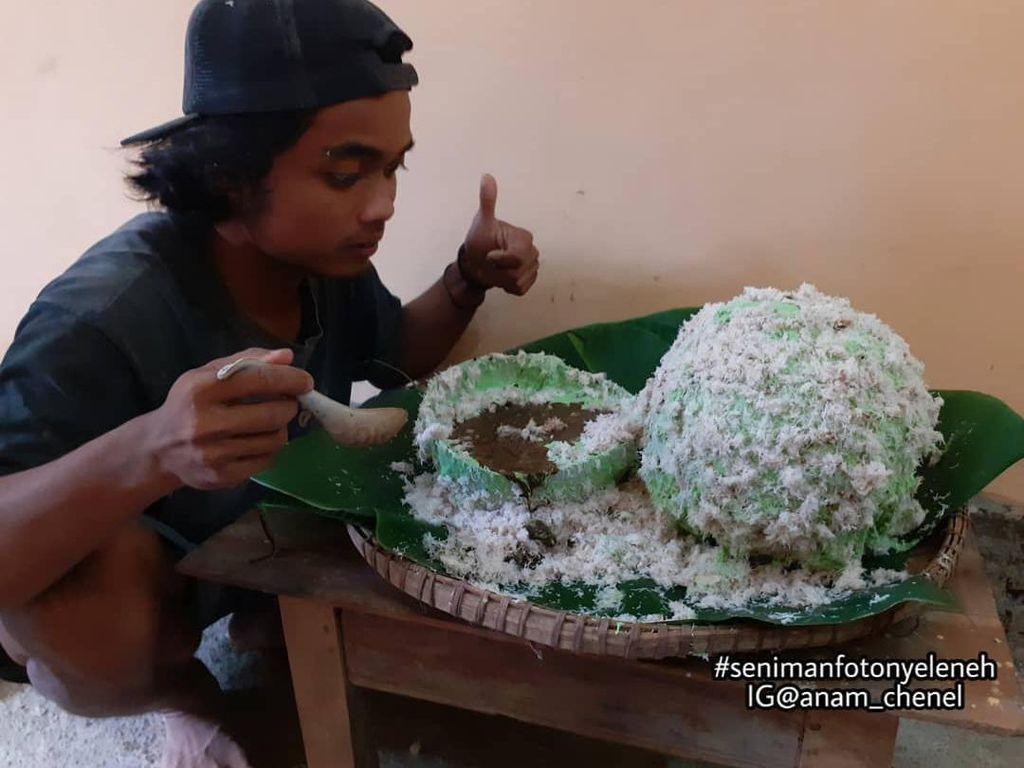 Viral Klepon Tak Islami, Netizen Ini Malah Pamer Makan Klepon Raksasa