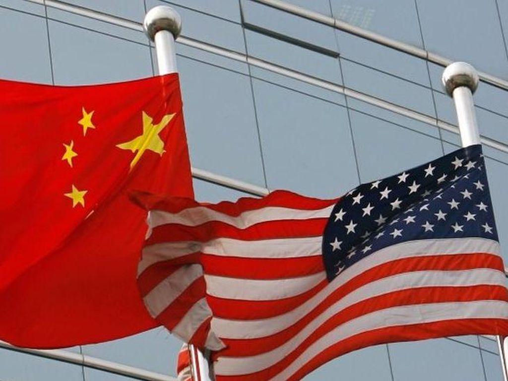 Protes AS ke China Gegara Swab Pantat untuk Tes Corona