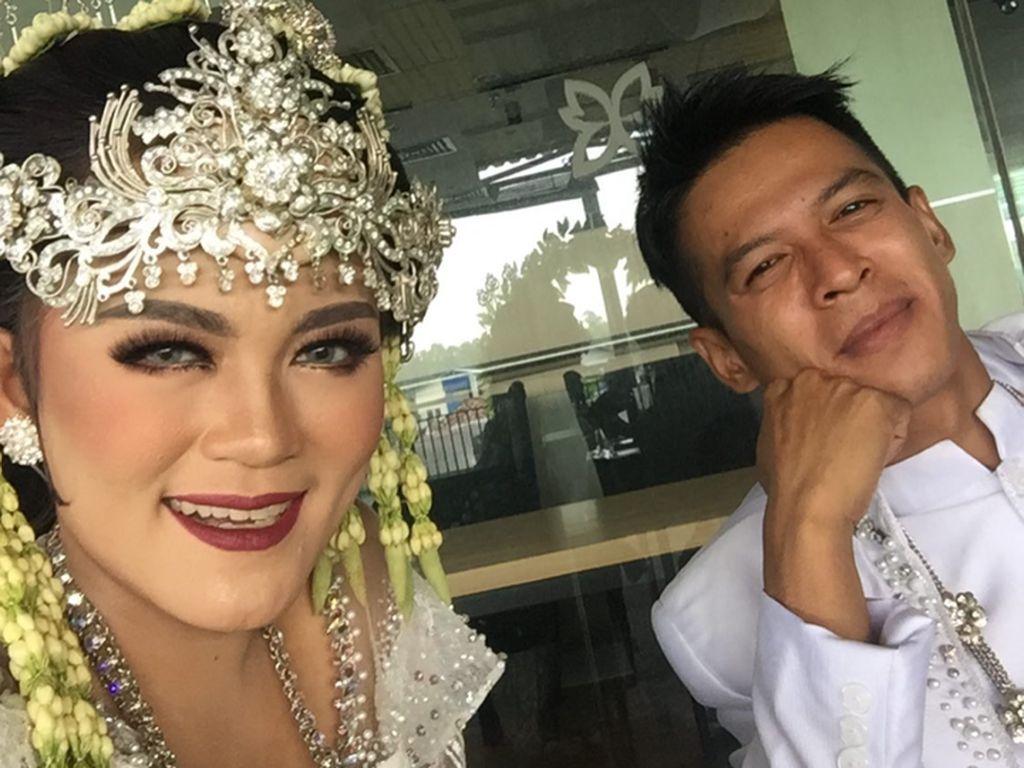 Heboh Putri Jamila Dinikahi Pria Mirip Ariel NOAH