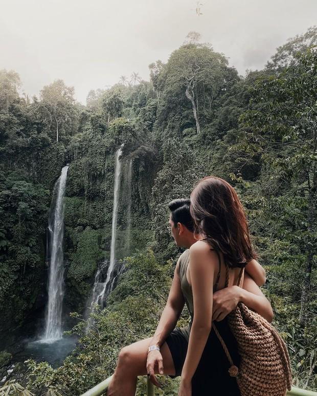 Menatap air terjun di Bali