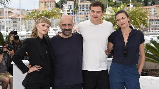 (From L) Danish actress Klara Kristin, Argentinian director Gaspar Noe, US actor Karl Glusman and Swiss actress Aomi Muyock pose during a photocall for the film