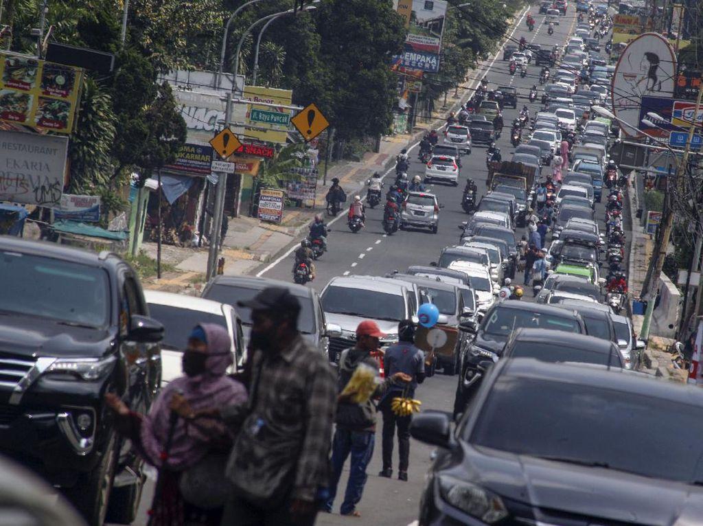 Pakar Tak Setuju Pelebaran Jalan di Puncak: Itu Undangan Bermacet-ria