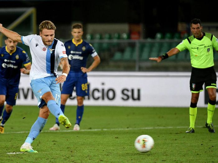 VERONA, ITALY - JULY 26: Ciro Immobile of SS Lazio scores a fifth goal at penalty during the Serie A match between Hellas Verona and SS Lazio at Stadio Marcantonio Bentegodi on July 26, 2020 in Verona, Italy. (Photo by Marco Rosi - SS Lazio/Getty Images)