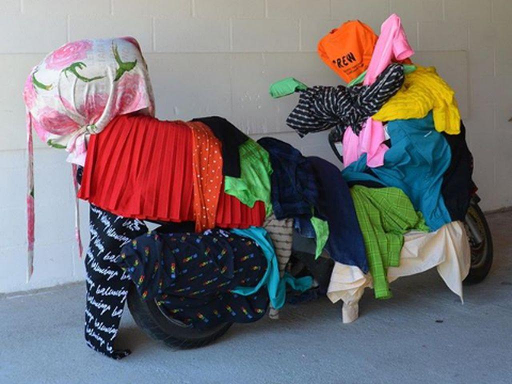 Balenciaga Dituduh Plagiat, Mahasiswi: Mereka Tidak Pernah Minta Izin!