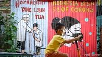 Akhirnya Indonesia Bebas dari Zona Merah COVID-19!