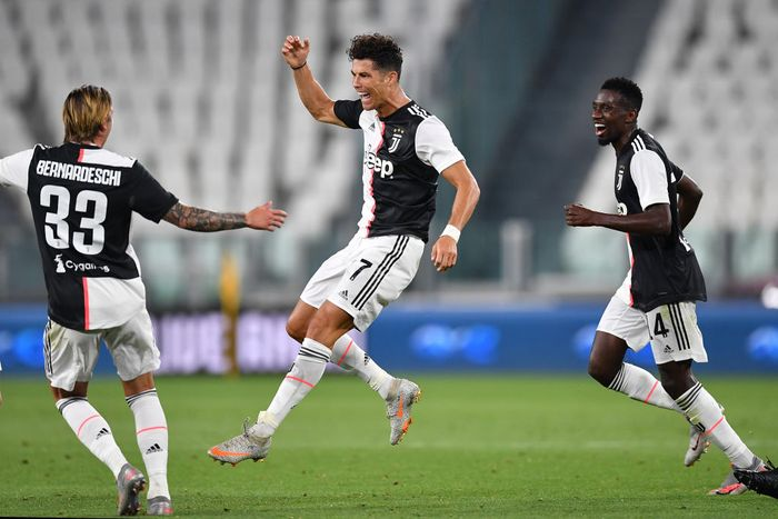 TURIN, ITALY - JULY 26:  Cristiano Ronaldo of Juventus celebrates the opening goal during the Serie A match between Juventus and  UC Sampdoria at Allianz Stadium on July 26, 2020 in Turin, Italy.  (Photo by Valerio Pennicino/Getty Images)