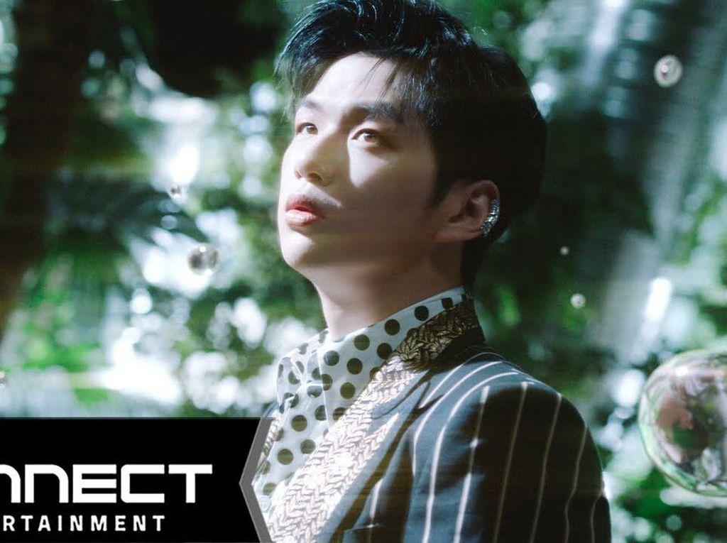 Kang Daniel Rilis Album MAGENTA dan MV Who U Are
