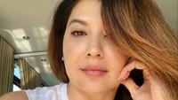 Tamara Bleszynski Pamer Gaya Seksi di Kolam Renang, Sindir Netizen Julid?