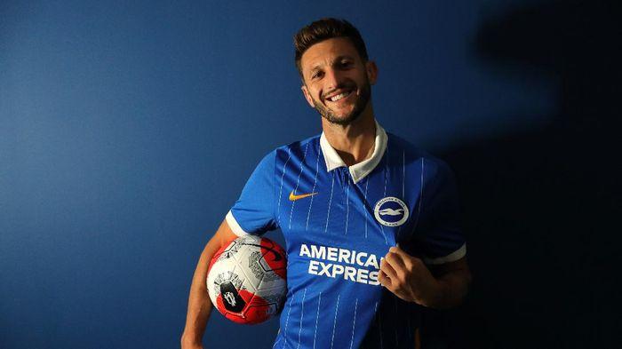 Adam Lallana bergabung dengan Brighton & Hove Albion, Selasa (28/7/2020) dini hari WIB.