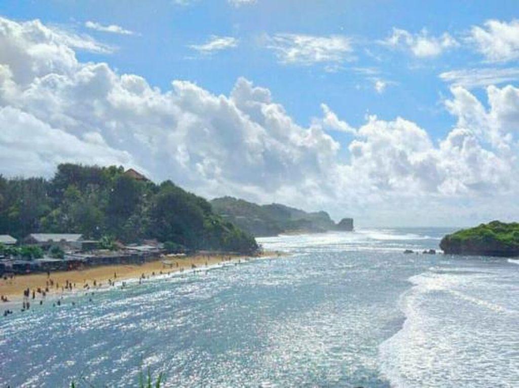 Bagus Juga Ya Pantai Sadranan di Yogyakarta