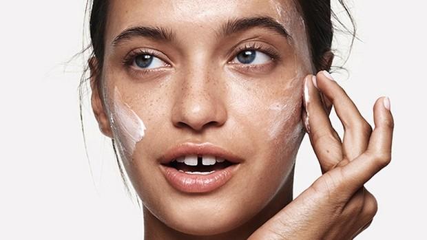 Gunakan BHA jika kamu pemilik kulit yang cenderung normal hingga berminyak.