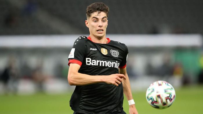 BERLIN, GERMANY - JULY 04: Kai Havertz of Leverkusen runs with the ball during the DFB Cup final match between Bayer 04 Leverkusen and FC Bayern Muenchen at Olympiastadion on July 04, 2020 in Berlin, Germany. (Photo by Alexander Hassenstein/Getty Images)